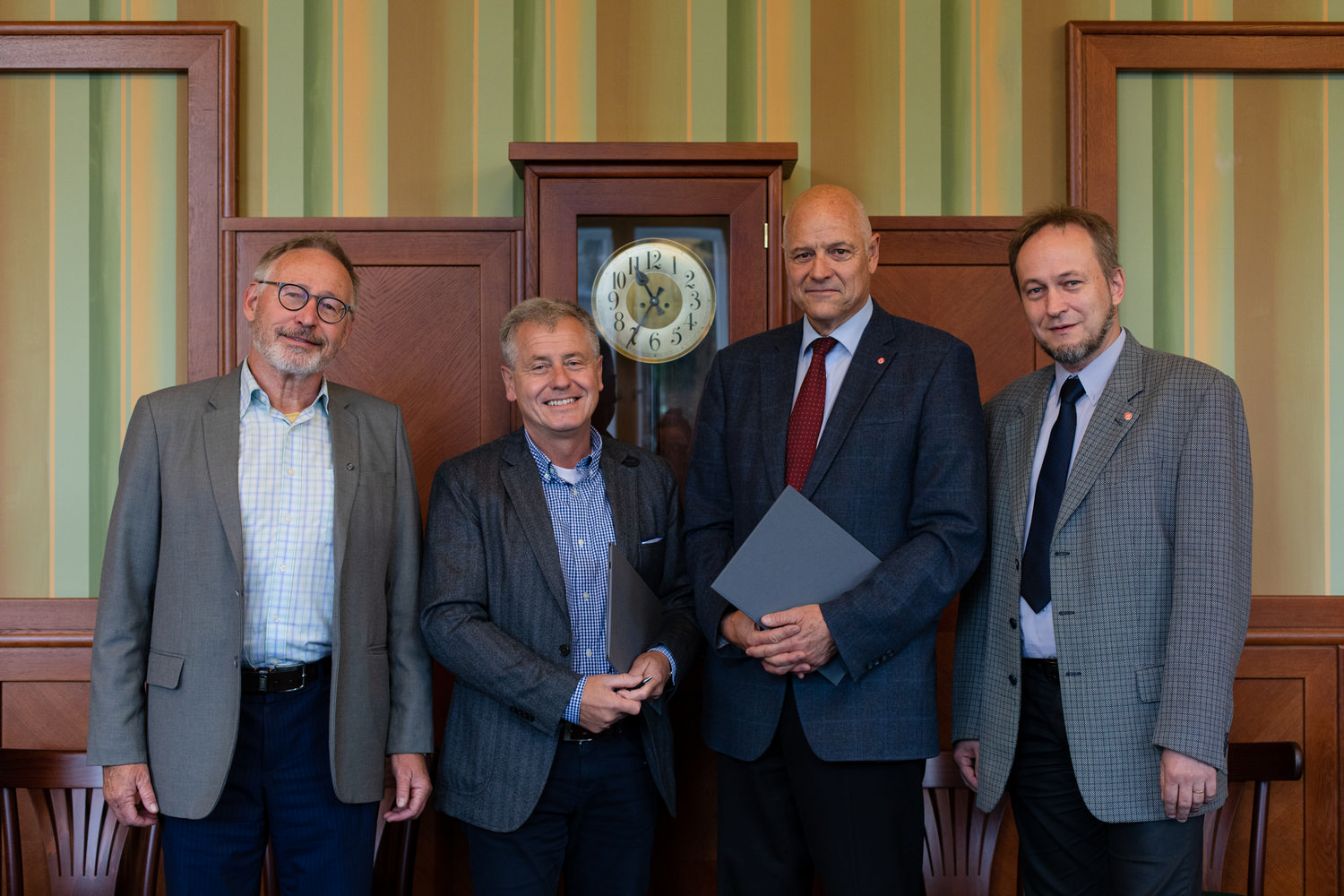 UCT and IOCB Prague establish special research chair
